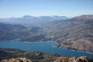peche au lac de serre poncon hautes alpes
