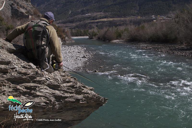 pecheur et riviere hautes alpes